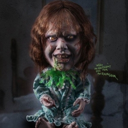 The Exorcist Defo-Real Series Statue Regan MacNeil Star Ace