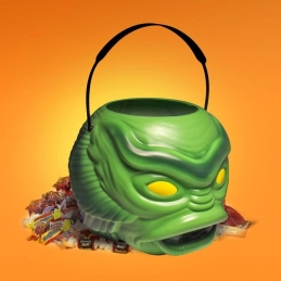 Universal Monsters Superbucket Creature From The Black Lagoon Candies Super7